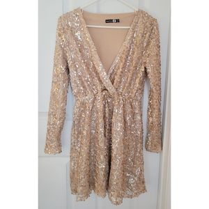 Boohoo Gold Sequin Deep V-neck Party Glam Dress 8